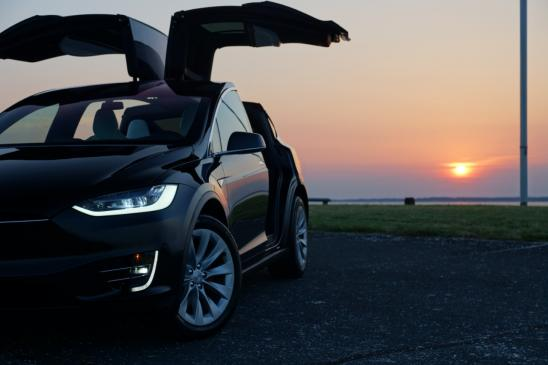 Access here alternative investment news about Tesla Bears Suffer Biggest Hit Yet, As Short Bets Bring Usd9.5 Billion Of Losses For Hedge Funds In August