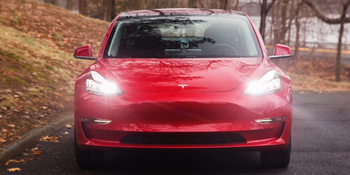 Access here alternative investment news about New Tesla Challengers Are Rising, It Could Be Too Late
