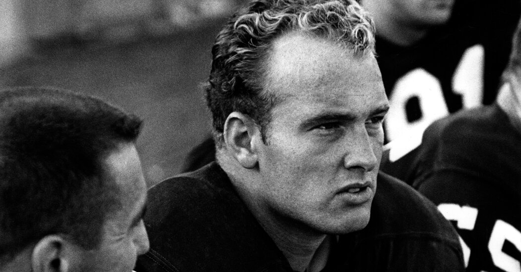 Access here alternative investment news about Paul Hornung, Midcentury Football's 'golden Boy,' Is Dead At 84 - The New York Times