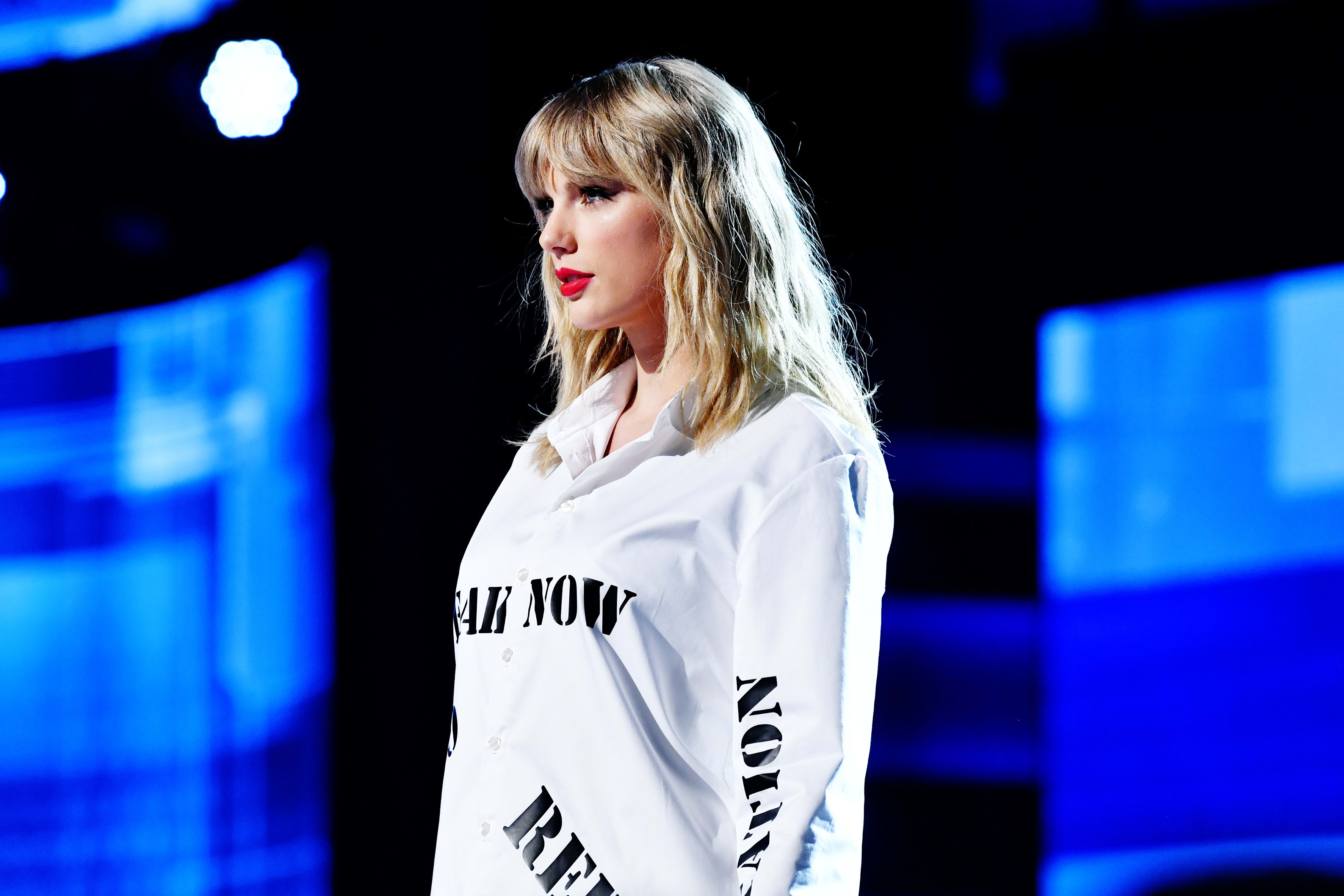 Access here alternative investment news about Taylor Swift's Masters Sold By Scooter Braun To Private Equity Firm
