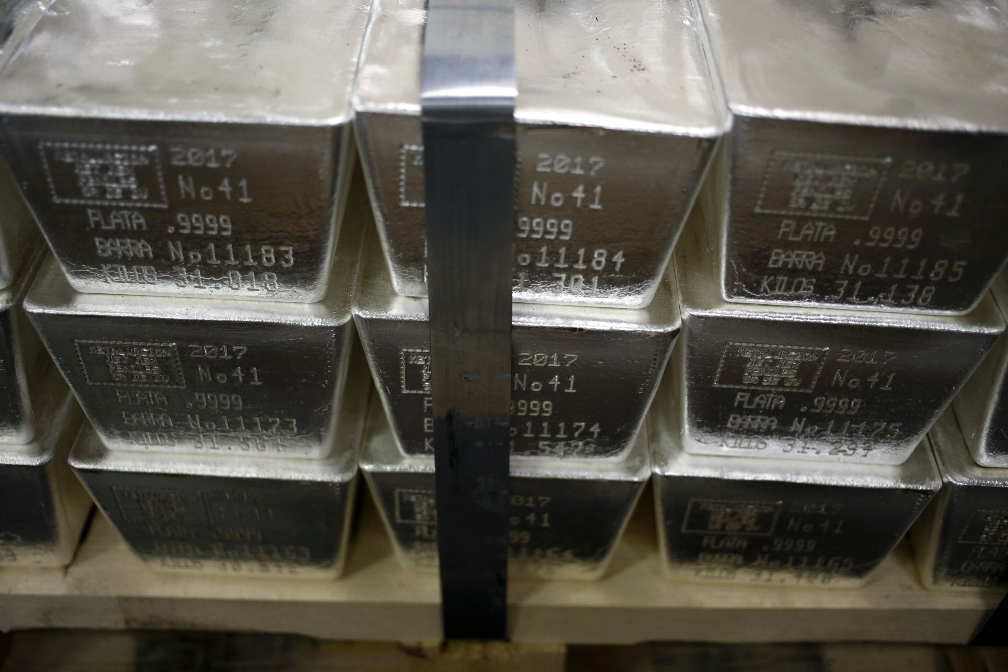 Access here alternative investment news about Silver Spikes At The Week's Open As Reddit Hordes Pile In Again