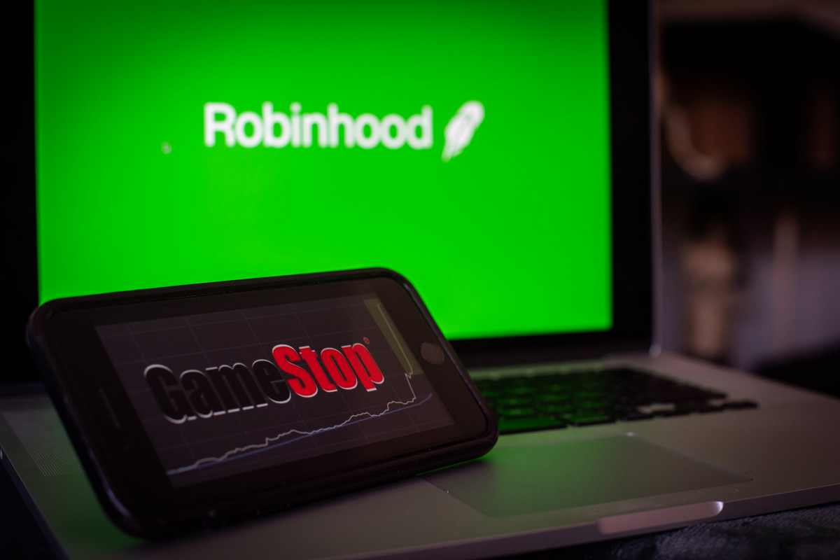 Access here alternative investment news about Robinhood Raises Another $2.4B From Investors
