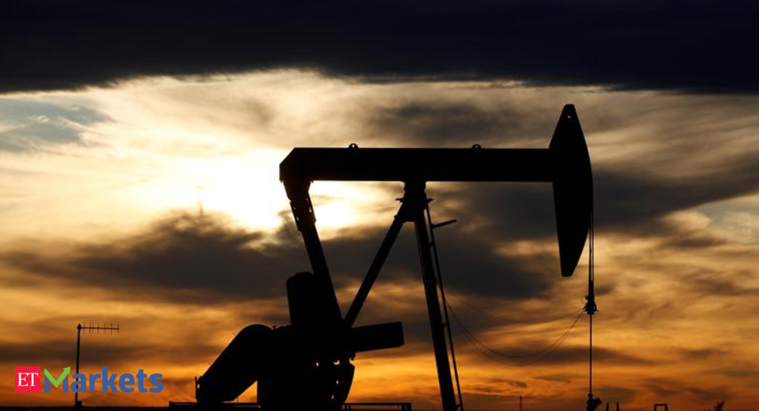 Access here alternative investment news about Hedge Funds Sell Oil As Bull Run Stutters - The Economic Times