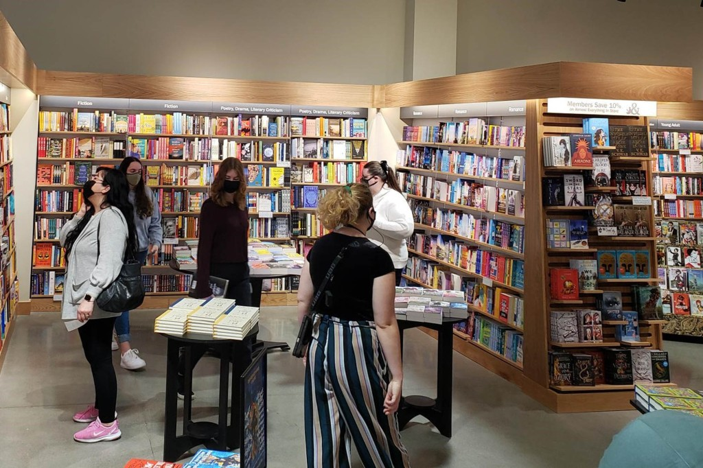 Access here alternative investment news about Covid Has Sparked A Book Craze - And Barnes & Noble Is Cashing In