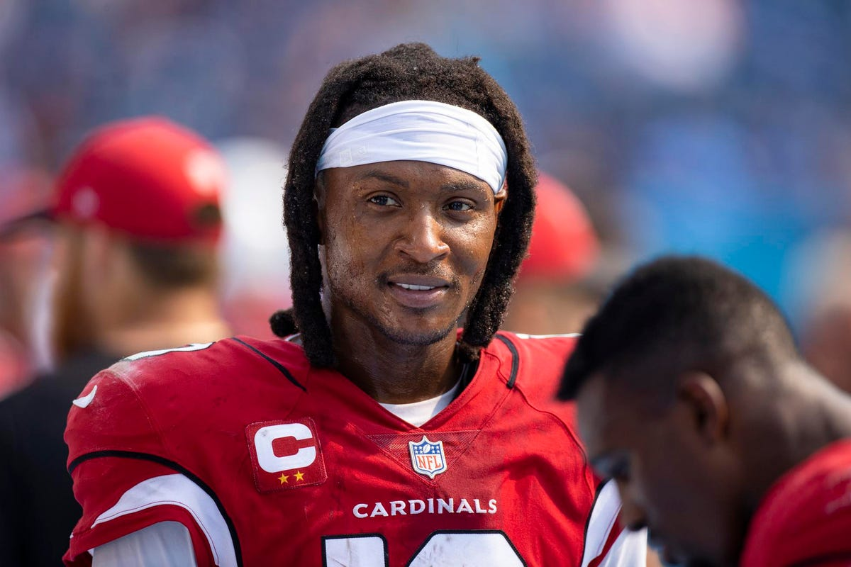 Access here alternative investment news about Nfl Receiver Deandre Hopkins, Nba Guard Lonzo Ball Among Investors In Catering Company Hungry's $21M Series C Round