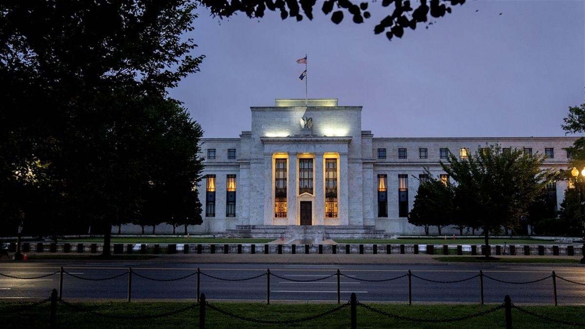 Access here alternative investment news about Minerd Says 'divided' Fed Will Compromise On Taper