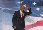 tom-barrack-to-step-down-as-colony-capital-chief-executive-los-angeles-times