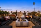 Access here alternative investment news about Hot Property Newsletter: The Luxury Real Estate Market Changes With The Calendar - Los Angeles Times