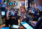 the-best-performing-hedge-funds-are-piling-into-these-financial-shares