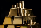 as-gold-hits-new-highs-hedge-fund-rush-may-herald-volatility-spikes