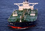 egypt-charging-oil-tankers-155000-to-transit-through-suez-canal