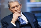 csx-ceo-hunter-harrison-will-get-his-84m-paycheck-even-if-he-quits