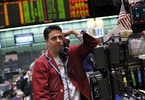 rpt-column-hedge-funds-sour-on-crude-oil-and-fuels-kemp