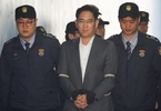 samsung-heir-jay-y-lee-sentenced-to-five-years-in-prison-for-bribery-perjury-and-embezzlement-the-independent