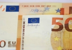 safe-haven-euro-could-complicate-ecb-plan-to-roll-back-stimulus