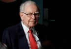buffett-bashes-bitcoin-as-nonproductive-thriving-on-mystique