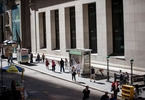 Access here alternative investment news about Wall Street Bankers Pile Leverage Onto Riskiest U.s. Buyouts