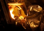 Access here alternative investment news about Newmont Takes Top Gold Producer Spot With $10B Goldcorp Buy