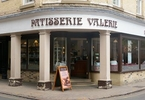 staggered-and-saddened-investors-vent-fury-over-patisserie-collapse