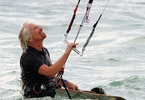Access here alternative investment news about How A Startup Founder Pitched Richard Branson While Kiteboarding