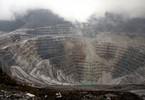 mining-giant-freeport-selling-off-oil-gas-assets-to-clear-debt